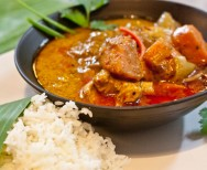 Thaise milde massaman curry met kip